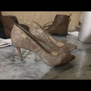 Elegant gold lace heels by Jessica Simpson